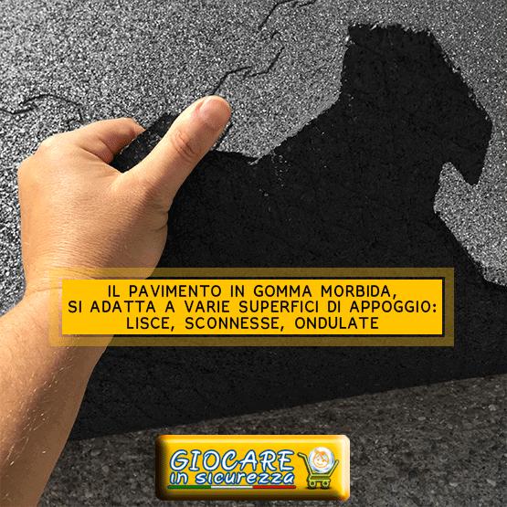 Pavimento autoadattante in gomma nera morbida