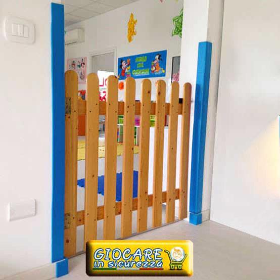 Paraspigoli azzurri per scuola dell'infanzia