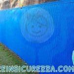 Sportive protezioni in gomma antitrauma per campo da calcio