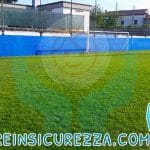 Protezioni in gomma antiurto per campo da calcio esterno all'aperto