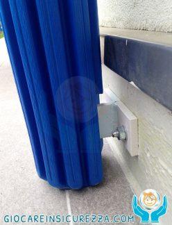 Protezione gomma antitrauma e antiurto avvolgente per la scuola