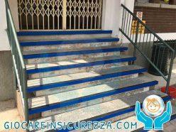 Protezione scalini in cemento all