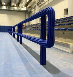 Rivestimento protettivo antitrauma per balaustra tribuna impianto sportivo